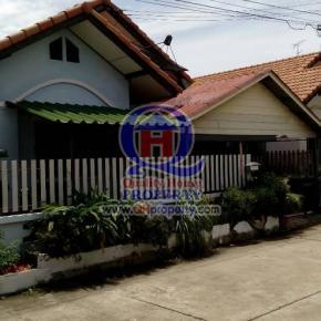 บ้านเดี่ยว หมู่บ้านวาสนา (ศรีราชา ชลบุรี) เนื้อที่ 30 ตารางวา บ้านสวย น่าอยู่มาก ราคาไม่แพง
